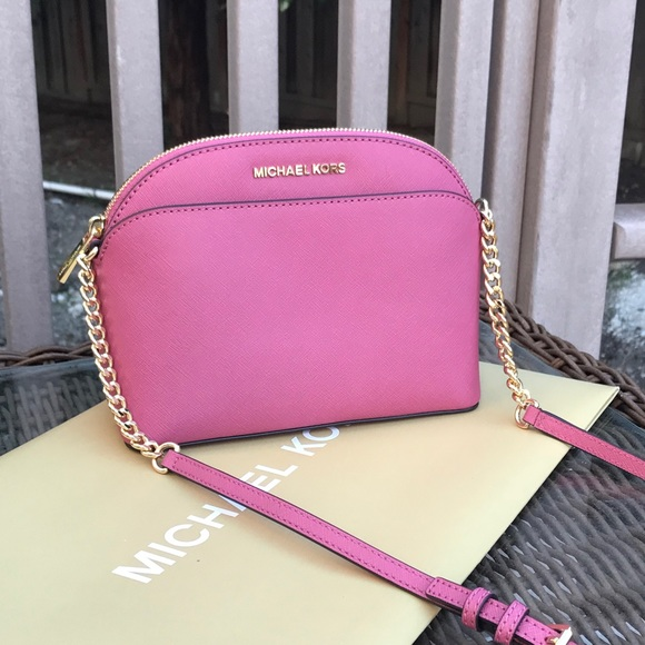 8dd27c0d7a0f Michael kors Emmy Medium Crossbody BAg pink